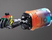 روبوت يتمكن من حل مكعب روبيك فى ثلاث دقائق فقط.. فيديو