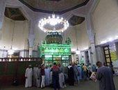 صور.. بدء توافد المواطنين للاحتفال بمولد الدسوقى فى كفر الشيخ