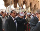وصول وزير الأوقاف ومفتى الجمهورية لأداء صلاة الجمعة بالمسجد الأحمدى