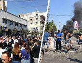 لليوم الثالث.. لبنانيون يقطعون الطرق بالاطارات المشتعلة