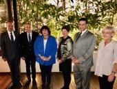 وزيرة الثقافة تلتقى وزير العمل الصربى لبحث سبل التعاون الثقافى بين البلدين