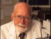 20 أكتوبر.. ذكرى ميلاد ووفاة 7 علماء حصلوا على جائزة نوبل فى عدة مجالات