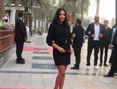 مهرجان القاهرة يكرم منى زكى بجائزة فاتن حمامة فى دورته 42.. والنجمة: أشعر بالفخر