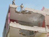 هدم عقارات محور التوفيقية بالقاهرة وتسكين 23 أسرة بوحدات بديلة