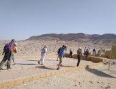 صور.. وفد سياحى من 3 دول يزور المناطق الأثرية بالمنيا