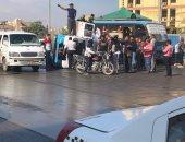 إصابة 7 أشخاص فى حادث انقلاب ميكروباص أعلى كوبرى الجيزة وتوقف حركة المرور