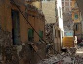 إزالة 4 عقارات آيلة للسقوط غرب الإسكندرية حفاظا على أرواح المواطنين