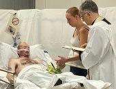 بريطانى يحقق أمنيته الأخيرة بالزواج من حبيبته قبل وفاته بـ7 ساعات.. صور