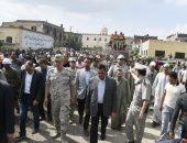 صور.. محافظ البحيرة يتقدم جنازة عسكرية لشهيد القوات المسلحة بدمنهور