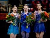 أليكسندرا تروسوفا تفوز ببطولة كندا الدولية للتزحلق على الجليد وسط عروض مبهرة