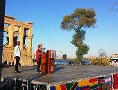 محمود قابيل يفتتح مهرجان الأفروصينى بمعابد فيلة بأسوان.. فيديو وصور
