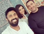 مفاوضات مع أحمد السقا ومي عمر ومحمد سامي لتقديم مسرحية فى موسم الرياض