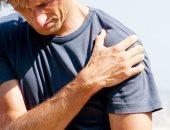 تعرف على أبرز 5 أسباب لآلام الكتف.. منها إصابات الأوتار