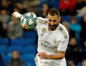 ريال مدريد يقترب من تجديد عقد بنزيما حتى يونيو 2023