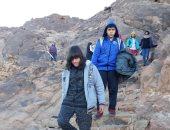 وزارة البيئة تعلن نجاح أول طفل معاق فى تسلق جبل موسى للترويج للسياحة البيئية