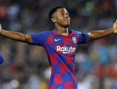 برشلونة يؤمن موهبته أنسو فاتي بعقد جديد حتى 2026
