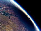 شاهد الكسوف الشمسى من الفضاء على ارتفاع 165 ألف قدم.. فيديو وصور