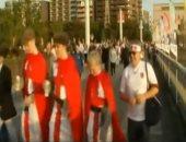 شاهد.. مشجعو الرجبى يصلون استاد يوكوهاما باليابان لمتابعة نهائى كأس العالم