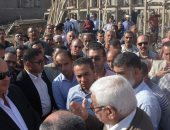 صور .. محافظ الغربية يتفقد مشروع الصرف بقرية سندبسط خلال جولته بمركز زفتى