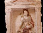 الآثار تعلن اكتشاف أول مقبرة رومانية فى سقارة.. صور