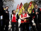 احتجاجات عمال السكة الحديد فى فرنسا لتوفير وسائل الأمان