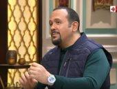 """هشام عباس: """"اشتغلت فى محل قطع غيار عربيات.. ومليش فى المقاهى"""""""