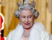الملكة إليزابيث تتوقف عن ارتداء الفرو الطبيعى اعتبارًا من شتاء 2019