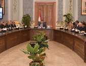 صور.. بدء أولى اجتماعات اللجنة البرلمانية الخاصة لمناقشة تقرير الحكومة