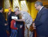 صور.. نائب محافظ الأقصر ومدير الأمن يشهدان الحفل السنوى لتكريم أسر الشهداء