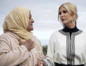 إيفانكا ترامب فى جولة بحقول الزيتون بأزياء من تصميم مغربى محتشم..فيديو وصور