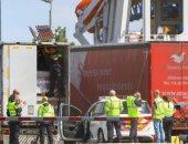هولندا.. العثور على 16 مهاجرا فى شاحنة قبل توجهها إلى بريطانيا