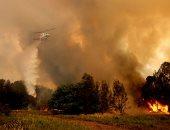 الطائرات تشارك فى إطفاء حرائق الغابات المشتعلة بولاية نيو ساوث ويلز الأسترالية