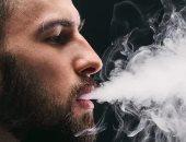 عكس التحذيرات.. التحول إلى السجائر الإلكترونية قد يساعد مرضى القلب