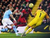 """ليفربول ضد مان سيتي.. ماني يسجل الثالث للريدز برأسية فى الدقيقة 51 """"فيديو"""""""