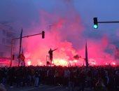 جماهير مارسيليا تحطم حافلة ليون قبل موقعة الدوري الفرنسي.. صور