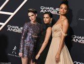 في 12 صورة..بطلات Charlie's Angels في العرض الأول للعمل بلوس أنجلوس