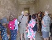 فيديو وصور.. وفود سياحية من 7 دول تزور المناطق الأثرية بالمنيا