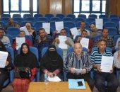 صور.. صندوق التنمية المحلية يٌسلم 51 مشروعا خدميا وحرفيا لأبناء المنيا