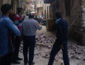 انهيار جزئى بعقار قديم بمنطقة اللبان بالإسكندرية.. صور