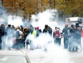 مواجهات عنيفة بين الشرطة الفرنسية ومحتجين من السترات الصفراء فى باريس