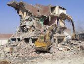 هدم 22 عقار ومصنع بعزبة المدابغ فى القاهرة وتسكين 15 أسرة بمدينة بدر