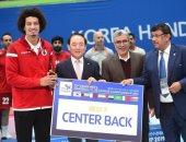 الشارقة الإمارتى يقرر تجديد عقد المصرى على زين لاعب كرة اليد