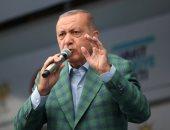 """فضيحة """"أردوغان"""" في ألمانيا.. استمرار ردود الأفعال الساخرة على صورة تجاهل زعماء العالم للرئيس التركى في قمة برلين.. أتراك يسخرون من الديكتاتور العثمانى: أردوغان مفقود ونعتقد أنهم طلبوا منه توزيع الشاي"""