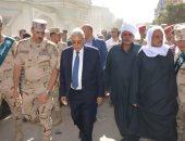 محافظ الدقهلية يتقدم جنازة الشهيد أحمد السيد ويطلق اسمه على مدرسة إعدادى