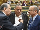 نواب  البرلمان يلقون بيانات عاجلة حول ملفات صناعة الورق وتقنين وضع اليد
