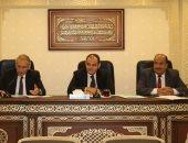 """صور.. غضب باجتماع """"اقتصادية البرلمان"""" بعد تأخر ممثل وزارة الاستثمار 50 دقيقة"""