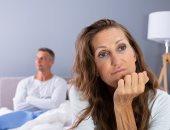 باحثون يحملون الرجل مسئولية فقدان الرغبة الجنسية عند المرأة بعد انقطاع الطمث.. اعرف ليه