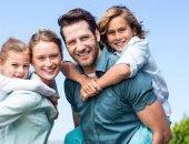 4 أشياء يحتاجها الابن من والديه اعرفها فى يوم الطفل العالمى