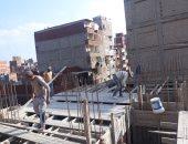 التصدى لـ 6 عقارات مخالفة والتحفظ على مواد البناء بأحياء الإسكندرية