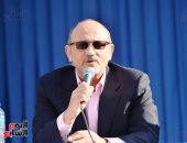 شريف عرفة: الأطباء وصفوا «التمثيل» علاج للراحل أحمد زكى